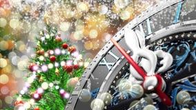 新年` s在午夜-有星雪花和假日光的老时钟 4K 影视素材