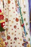 新年` s纺织品,与圣诞节印刷品样式的织品 垂直的背景 免版税库存照片