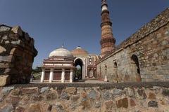 新德里的三个联合国科教文组织世界遗产名录站点之一, Qutub Minar,新德里,印度 免版税库存图片