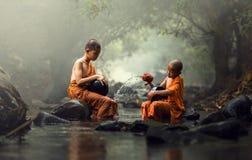 新手修士在泰国 库存照片