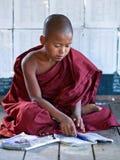 新手修士,缅甸 免版税库存图片