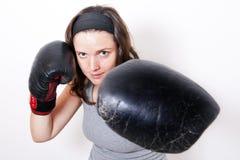 新拳击的妇女 免版税库存照片