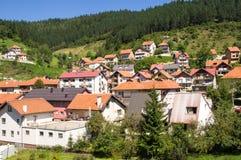 新星瓦罗斯-边界的塞尔维亚镇与黑山 免版税库存照片