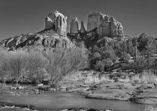 从新月形月亮大农场的大教堂岩石 免版税库存图片