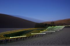 新月形湖在敦煌 库存图片