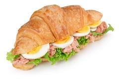 新月形面包三明治用鸡蛋和金枪鱼 免版税库存图片