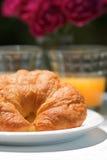 新月形面包汁桔子 库存图片