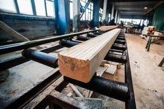新木粱,被堆积在建造场所 免版税图库摄影