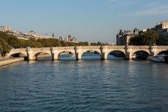 新桥和在巴黎援引海岛, 库存照片