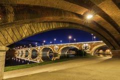 新桥在图卢兹 库存照片