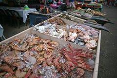 新海鲜市场 库存照片