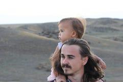 新父亲和女儿 库存图片