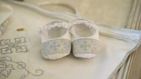 新生儿洗礼仪式礼服 影视素材