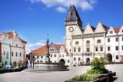 """新生城镇厅†""""有地下墓穴的Hussite博物馆, Zizka广场,塔博尔市,捷克共和国 免版税库存照片"""