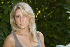 新白肤金发的妇女纵向 免版税库存照片