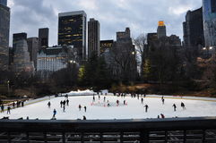 新的乔克Wollman溜冰场w中央公园 免版税库存图片