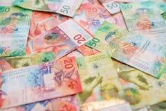 新的二十张和五十张瑞士法郎票据 库存照片