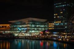 新的会议中心在达令港 免版税库存图片