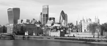 新的伦敦-老和 免版税库存照片