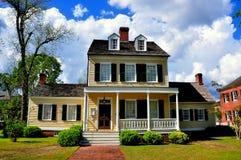 新的伯尔尼, NC :1795切口亚伦议院 免版税库存图片