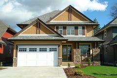 新的住宅家庭之家 免版税库存照片