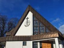 新的使徒教会在Silute,立陶宛 免版税库存照片