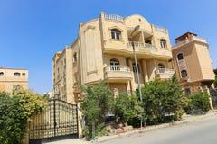 新的公寓住宅区 免版税库存照片