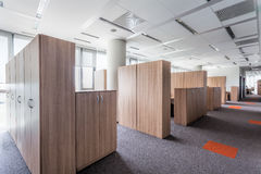 新的办公室中心,内部 免版税库存图片