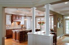 新的厨房加上 免版税库存照片
