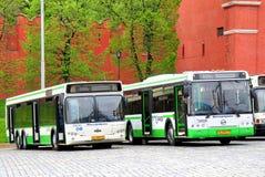 新的城市公共汽车在莫斯科 免版税库存照片