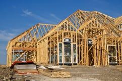 新的家庭建筑框架 免版税库存图片