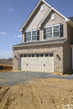 新的家庭建筑 免版税库存照片