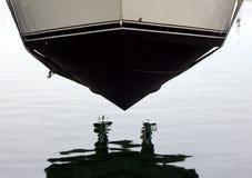 新的小船 免版税库存照片