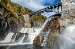新的巴豆水坝,巴豆在哈德森,巴豆峡谷公园,NY 美国 免版税库存图片