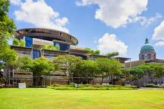 新的最高法院和老最高法院在新加坡 库存图片