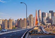 新的桥梁在重庆市 库存照片