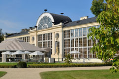 新的橘园在Lazienki公园在华沙 免版税图库摄影