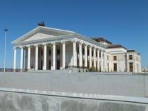 新的歌剧院在阿斯塔纳/哈萨克斯坦 库存图片