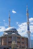 新的清真寺在马其顿 免版税图库摄影