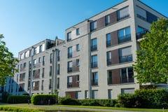 新的灰色公寓在慕尼黑 免版税库存照片