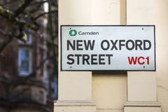 新的牛津街在伦敦 免版税库存图片