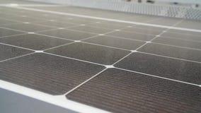 新的现代能源太阳电池板 股票视频