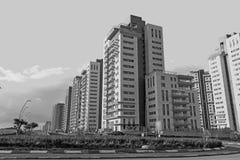 新的现代都市邻里准备好人口 库存照片