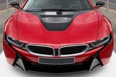 新的现代和豪华红色跑车 免版税库存图片