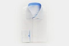 新的白色男式衬衫 库存照片