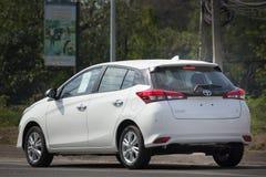 新的私人汽车丰田亚里斯斜背式的汽车Eco汽车 免版税库存图片