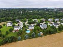 新的自由、宾夕法尼亚和周围的农田du天线  库存图片