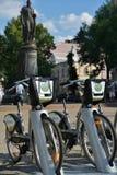 新的自行车租务在莫斯科,俄罗斯 免版税图库摄影