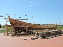新的船建筑,立陶宛 库存图片