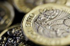 新的英国一1英镑硬币 免版税库存照片